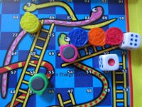 snakes-and-ladders-games2-e14495011718631